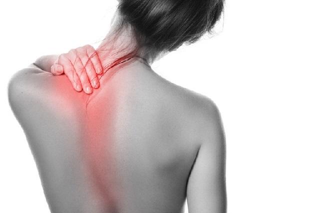 Các triệu chứng đau vai gáy và cách massage