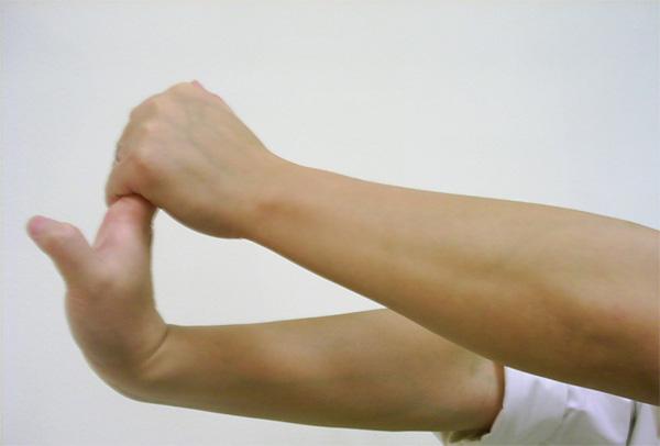 Môt số bài tập giúp làm to cổ tay và săn chắc
