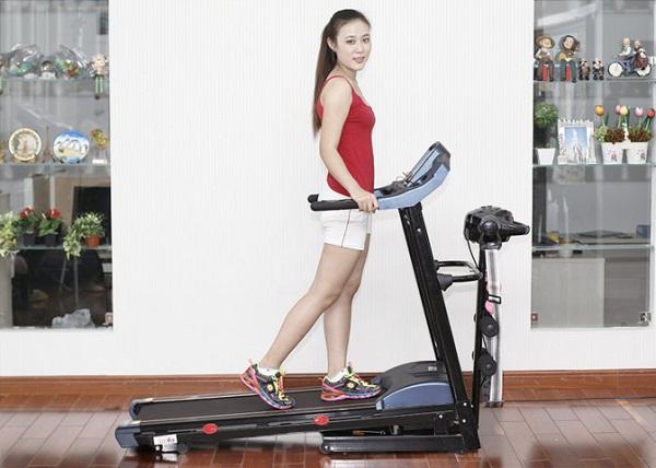 Vì mục tiêu giảm cân nên chỉ chạy và chạy